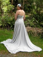 Shell's New Zealand wood-pigeon wedding dress
