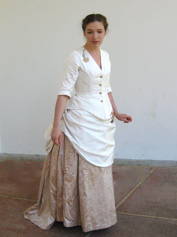 1880s Japonisme dress thedreamstress.com