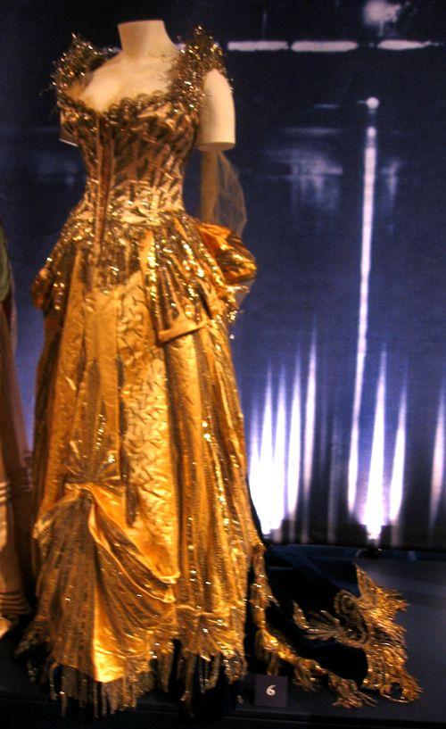 1880′s fancy dress – it\'s electric! - The Dreamstress