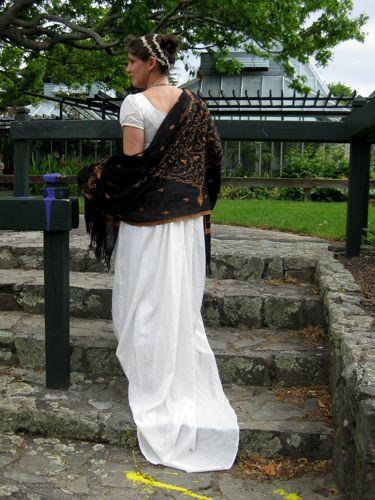 1800s dress thedreamstress.com