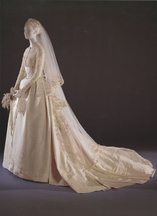Grace Kelly wedding dress at museum