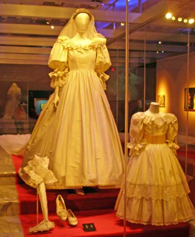 Diana Princess Of Wales In Her Wedding Dress