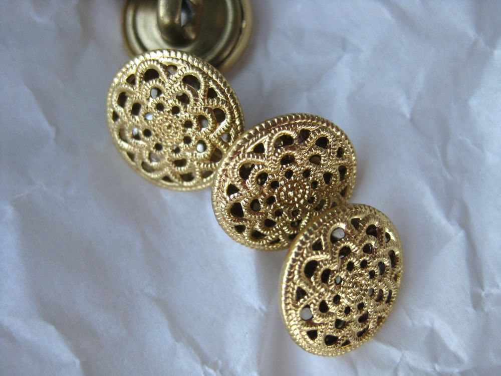 Pretty little gold buttons for a later waistcoat and breeches