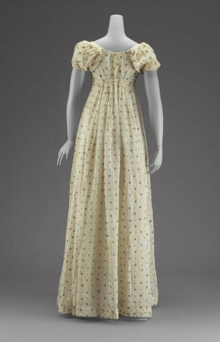 White mull dress, American, early 19th c, MFA Boston, 53.206