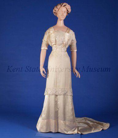 Wedding Dress 1910 US Kent State