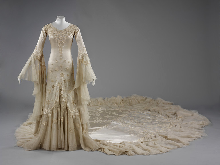 Wedding Dress January 1933 Made 21 February Worn Norman Hartnell VA