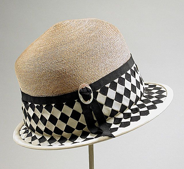 Cloche, Lichtenstein Label, mid-1920, Balibuntal straw with grosgrain ribbon, LACMA