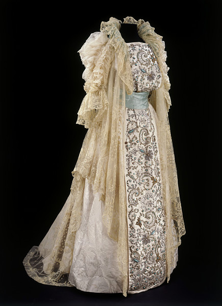 Tea Gown With Front Panel Of Indian Embroidery Ca 1900