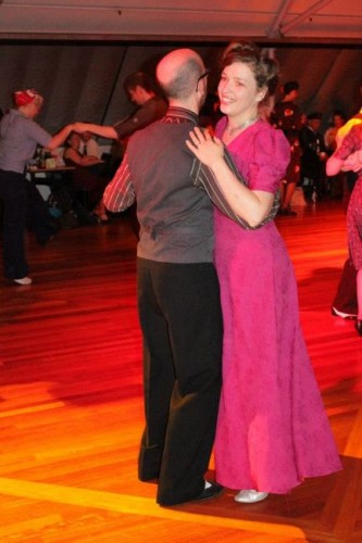Windy Lindy dancing3