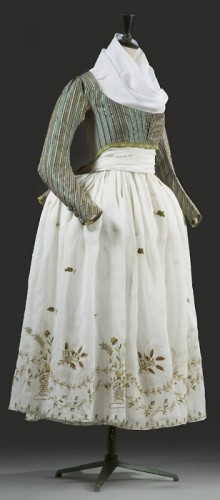 """""""Macaroni"""" jacket and embroidered skirt, late 18th century, KCI"""