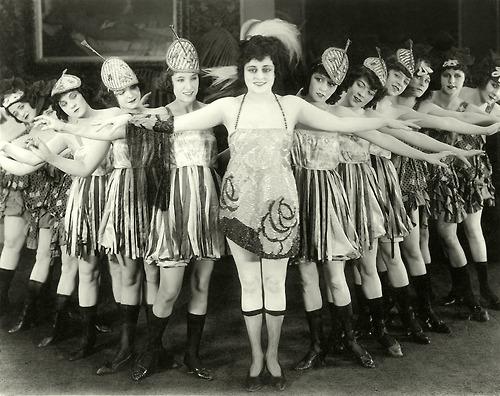 Chorus girls, 1923