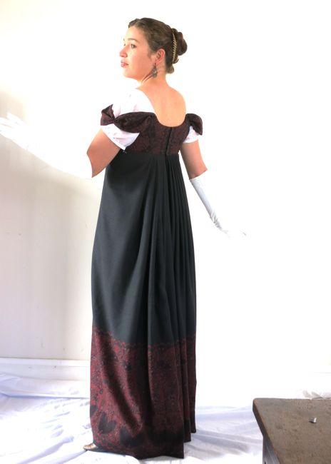 1813 Kashmiri gown