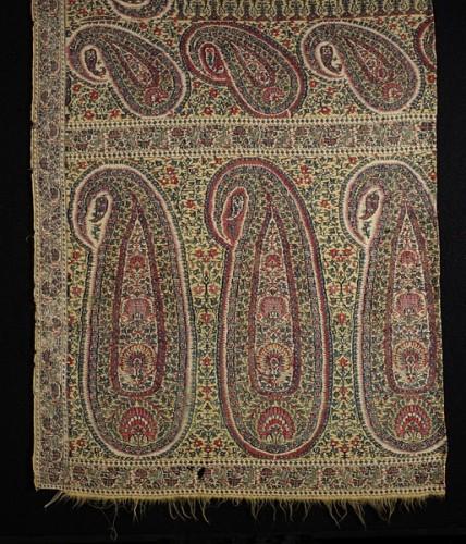 Shawl, Kashmiri, early 19th century, woven cashmere, 55 x 125