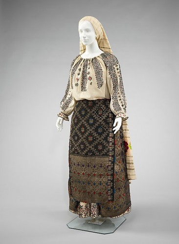 Romanian peasant dress, fourth quarter 19th century, Romanian, cotton, wool, metal, wool, Metropolitan Museum of Art