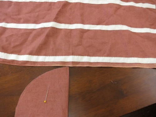 Marking the centre points of the panier bottom and panier outside pieces