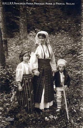 Marie and her children Marie (Mignon) and Nicholas in traditional Romanian attire, c. 1908