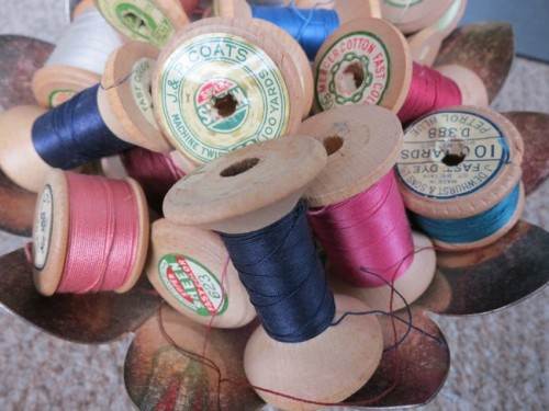 Different weights of vintage thread