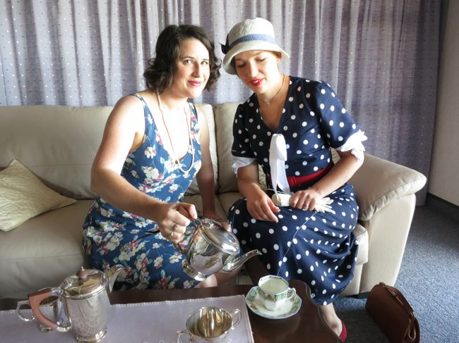 Early 1930s Spotty Not-Quite Nautical frock