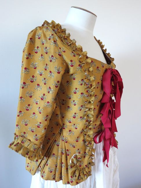 1770's Indienne silk pet-en-l'aire