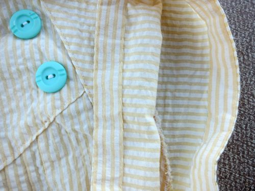 Sleeve stripes and sleeve finishings