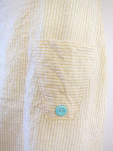 Horizontally striped pockets