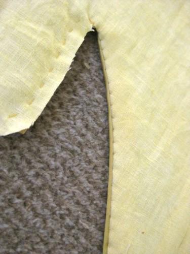 Teeny-tiny whipstitches on the lining of Ninon's bodice