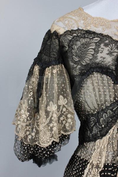 Black and ivory point d'esprit lace summer dinner gown, circa 1902, Raudnitz & Co, Huet & Cheruit Frs, 21 Place Vendome, Paris', Kerry Taylor Auctions