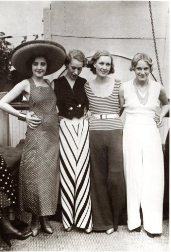 Beach pyjamas, ca 1930