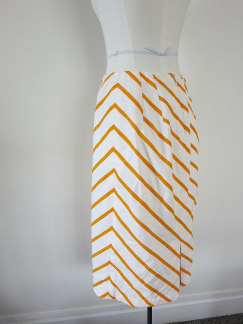 'Turn Again' skirt thedreamstress.com