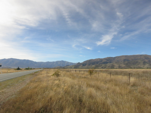 Skies and road, Omarama, South Island, New Zealand