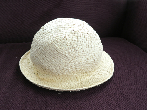 The completely dry and reshaped hat