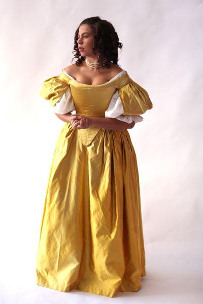 17th century Dreamstress photoshoot by Mandi Lynn at A La Mode Photography