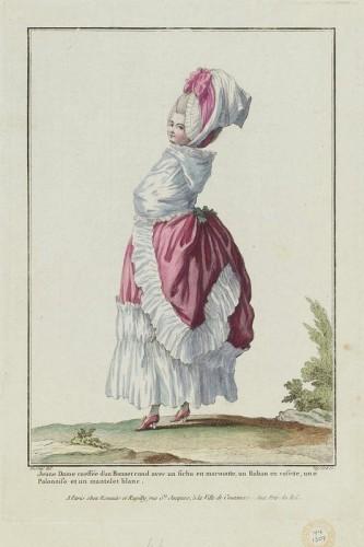 Gallerie des Modes et Costumes Français. Jeune Dame coiffée d'un Bonnet rond avec un fichu en marmotte, un Ruban en rosette, une Polonoise et un mantelet blanc, 1788