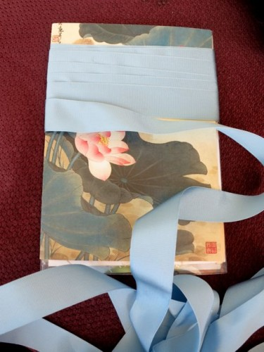 Wrapping the ribbon around the card