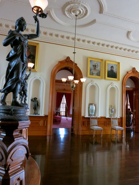 The Grand Hall of 'Iolani Palace, looking towards the Blue Room, thedreamstress.com