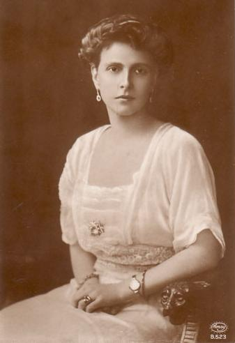 Princess Alice of Battenberg shortly after her marriage to Prince Andrew of Greece, 1906