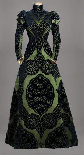 Tea gown, 1895, Worth