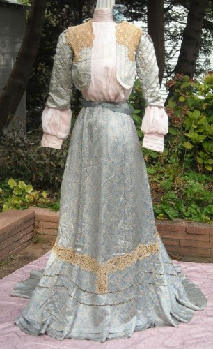 1900-1910 day dress, sold on ebay, via pinterest