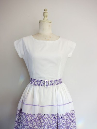 Lavender & white 1950s sundress thedreamstress.com