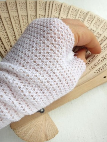 Regency inspired knit mitts/sleeves thedreamstress.com