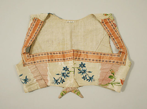 Bodice (sleeveless spencer), silk, ca. 1800, Metropolitan Museum of Art, C.I.38.48.9_F