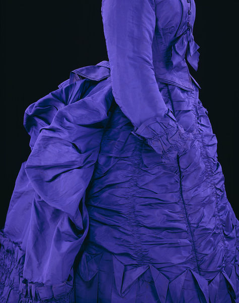 Day dress, Great Britain, United Kingdom, France, 1873, Silk and ruching, Victoria & Albert Museum T.51&A-1922