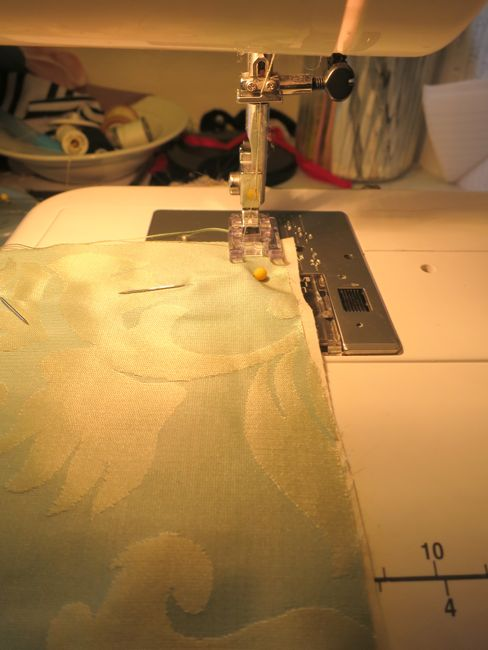 How to flat line a garment thedreamstress.com