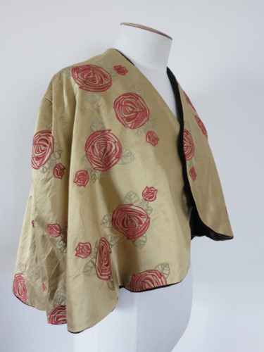 Chocolate & Roses 1930s capelet thedreamstress.com