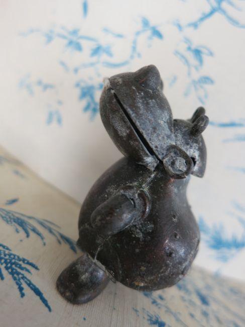 Steampunk hippo thedreamstress.com
