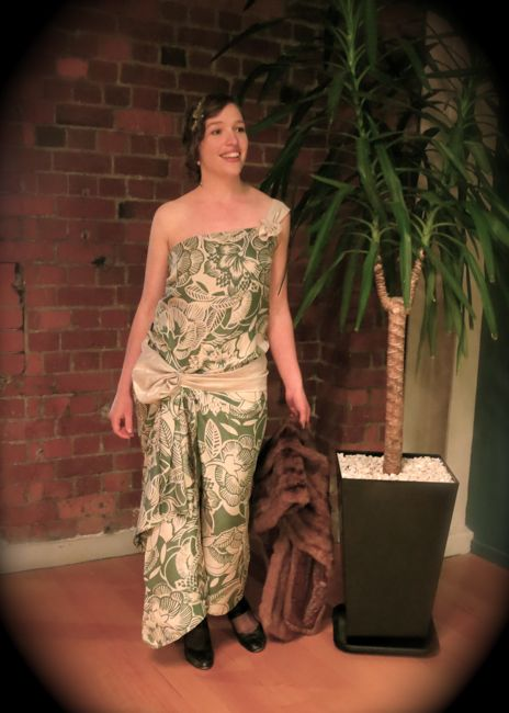 Hula Goddess 1924 dress thedreamstress.com