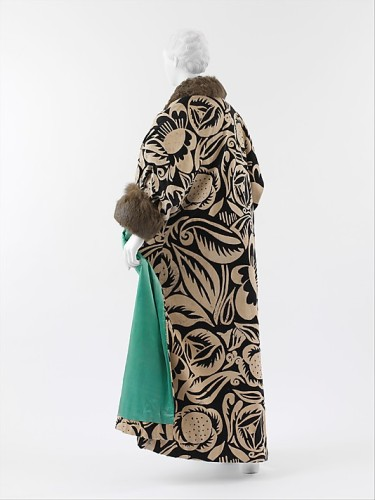 'La Perse' coat, Paul Poiret  (French, Paris 1879–1944 Paris) Textile by Raoul Dufy (French, Le Havre 1877–1953 Forcalquier), 1911, Metropolitan Museum of Art, 2005.199