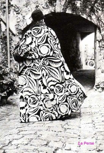 'La Perse', 1911, Paul Poiret, fabric design by Raoul Dufy