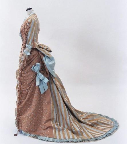 Dress, ca 1875, Bunka Gakuen Museum