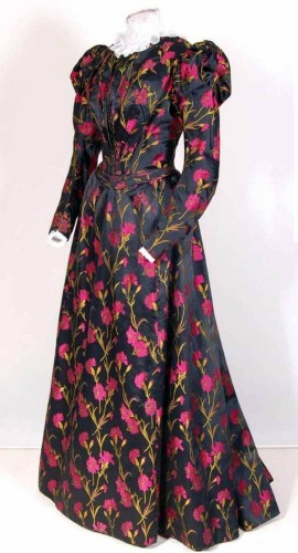 Dress, ca. 1895-1900. Silk and cotton. Mode Museum, Antwerp